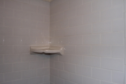 Subway tile bath tub surround